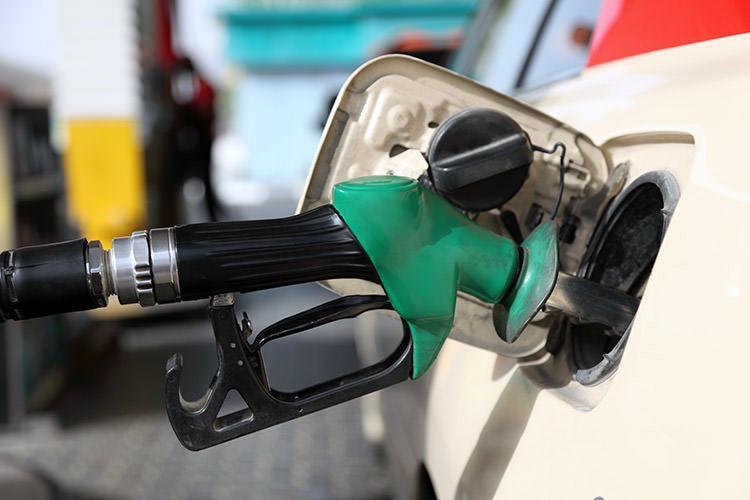 اطلاعیه جدید شرکت ملی پخش فرآورده های نفتی درباره کسر سهمیه بنزین